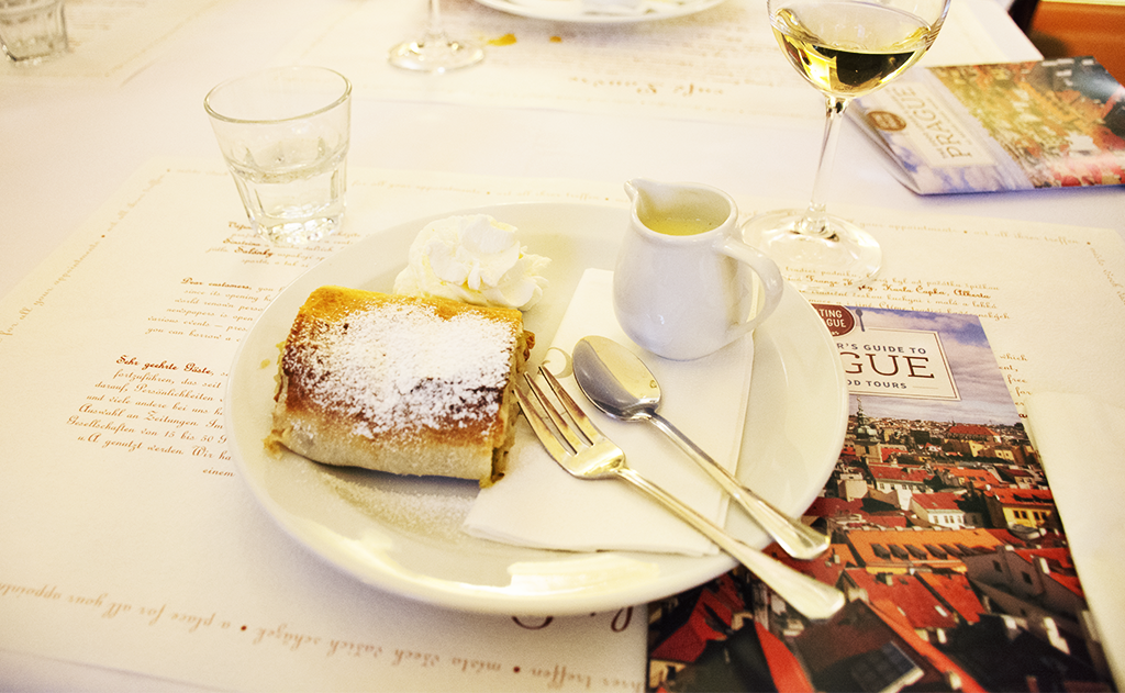cafe louvre prague eating europe strudel