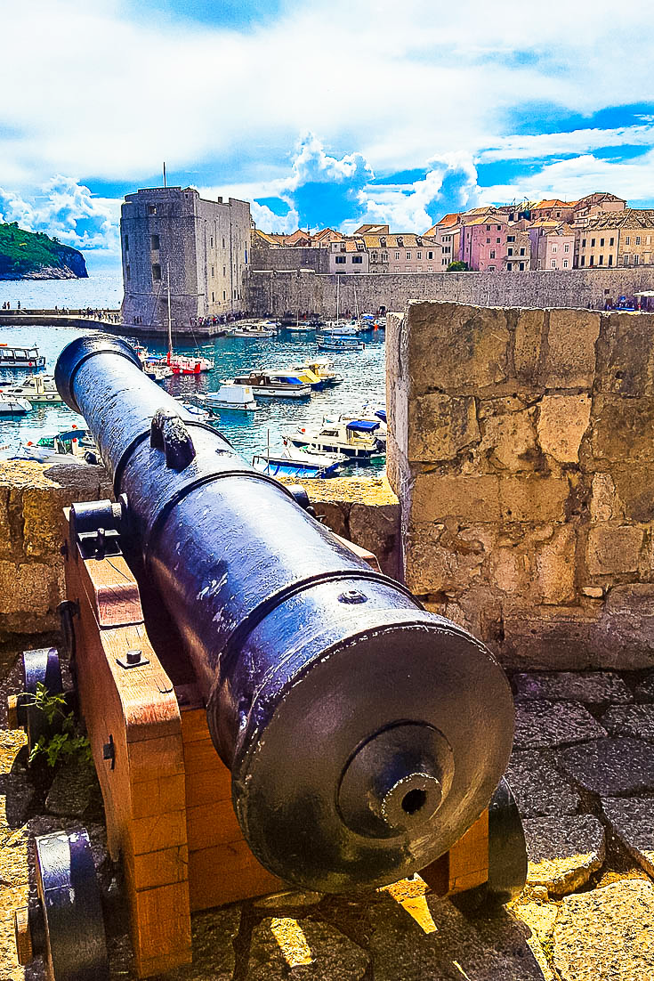 dubrovnik croatia old port cannon ps
