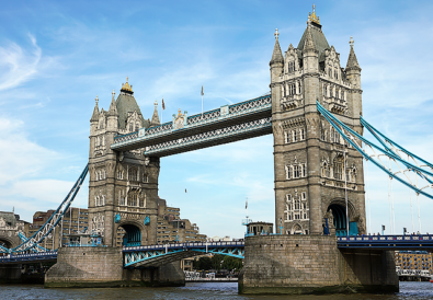 London Bridge - Travel with Mia