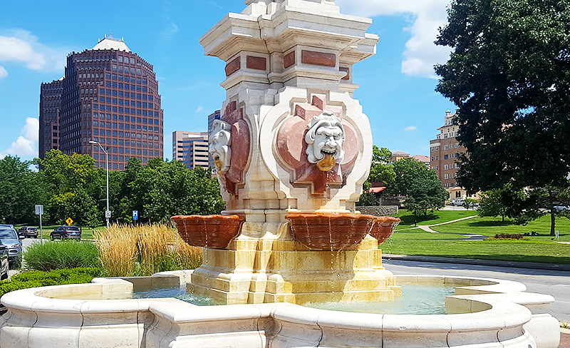 Travel with Mia - Kansas City European Charm - Fountain
