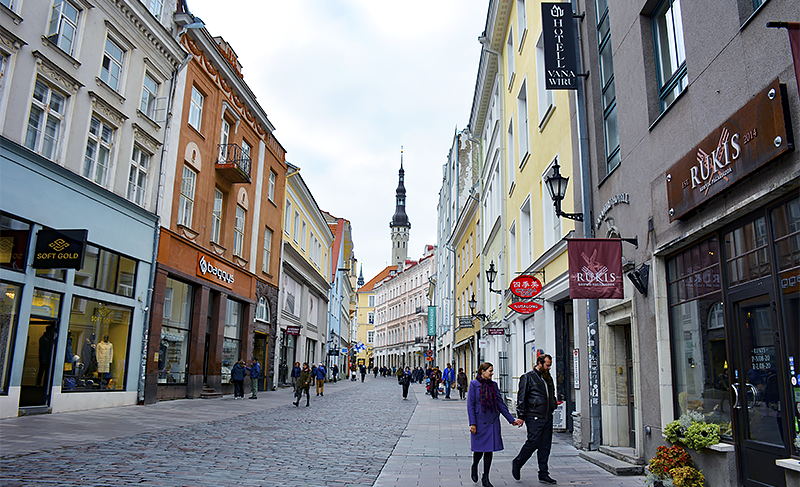 Tallinn Estonia - Old Town 2 - Travel with Mia